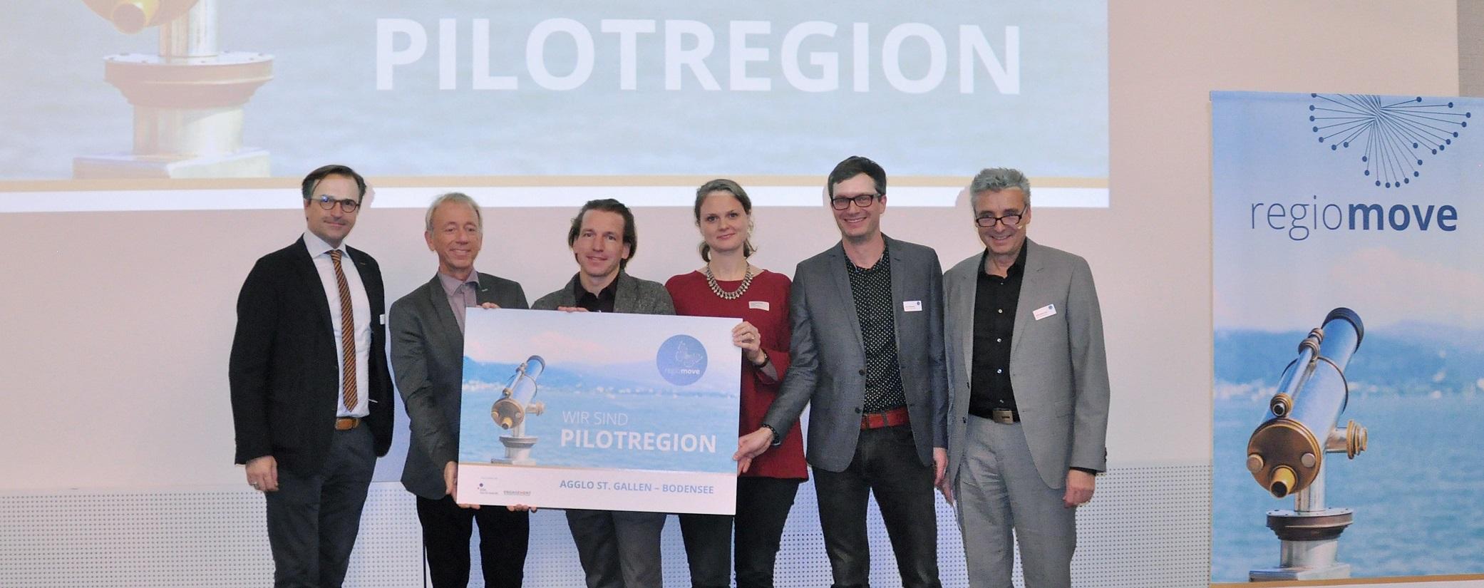 v.l.n.r.: David H. Bon (Stadtpräsident Romanshorn), Martin Wälti (bfm), Rolf Geiger (Agglo St.Gallen-Bodensee), Alexandra Müller-Crepon (Engagement Migros), Uwe Schlosser (bfm), Peter Masciadri (Tagungsmoderation)