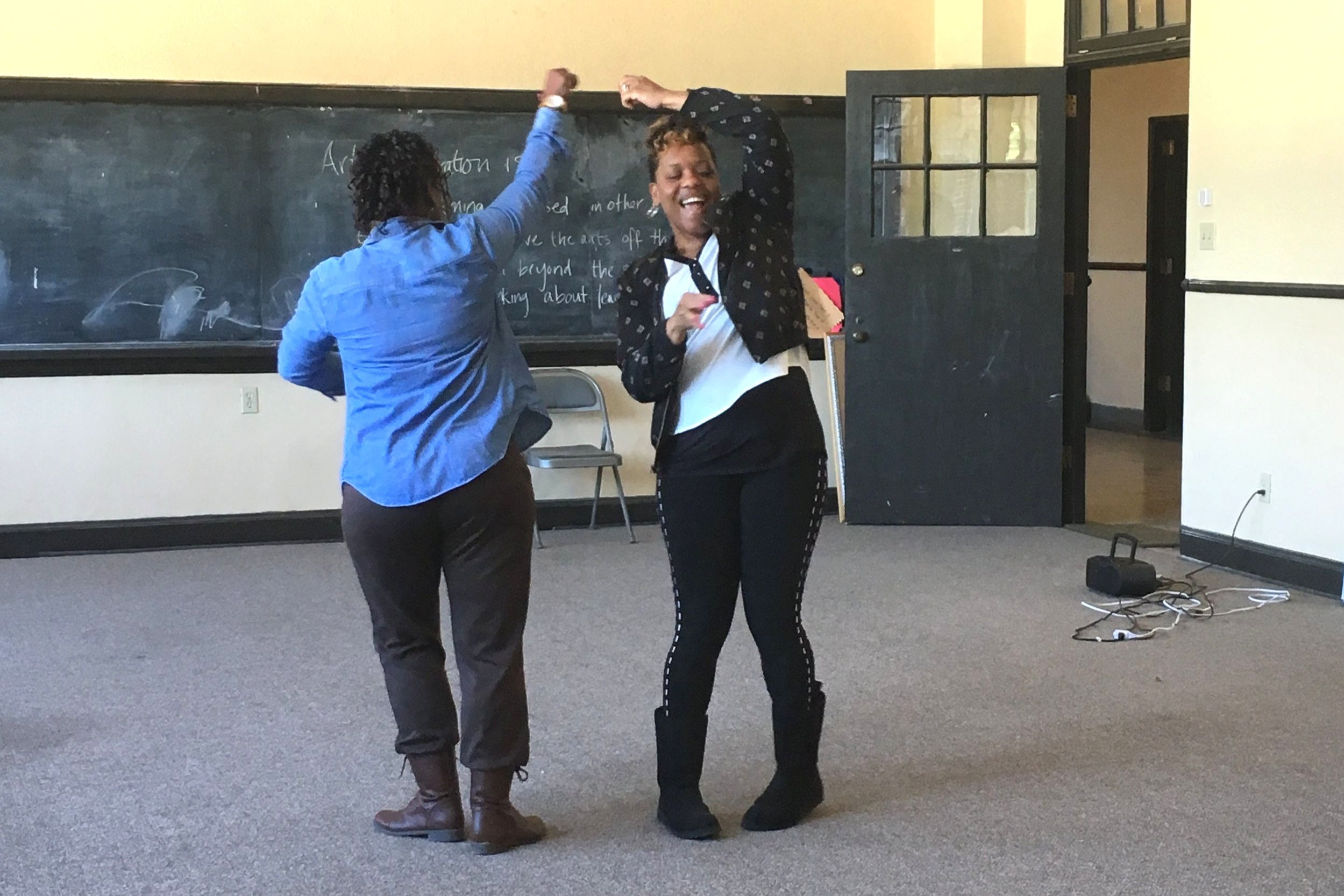 ARTS INTEGRATION - Reading, science, and social studies dance integrated learning. Professional development workshops for teachers.