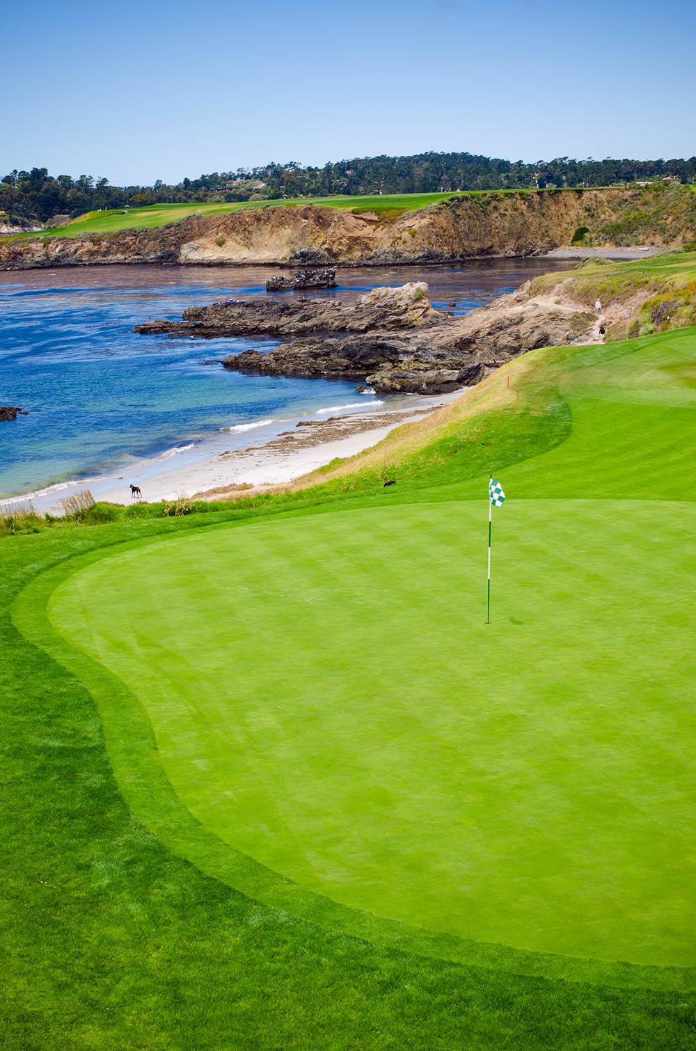 corporate-golf-retreat-lesley-cohen-travel-group.jpg