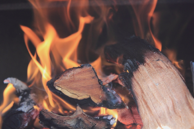Firewood Delivery - Stay warm all winter long with quality firewood, delivered right to your doorstep!Our firewood is hand selected to ensure your fire is longer-lasting.