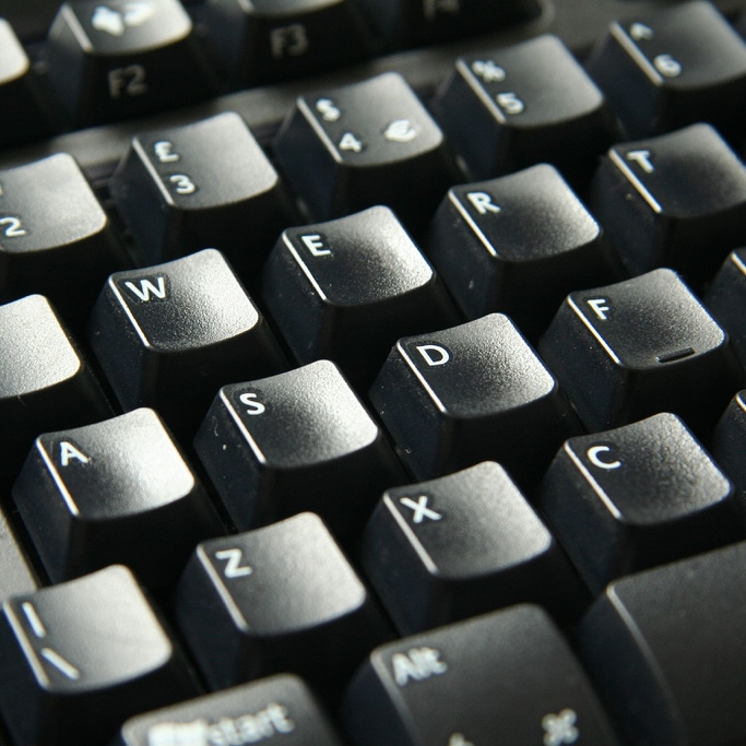 Kantoor / administratie - Computers (v.a. pentium4)LaptopsBeamersLaserprinters