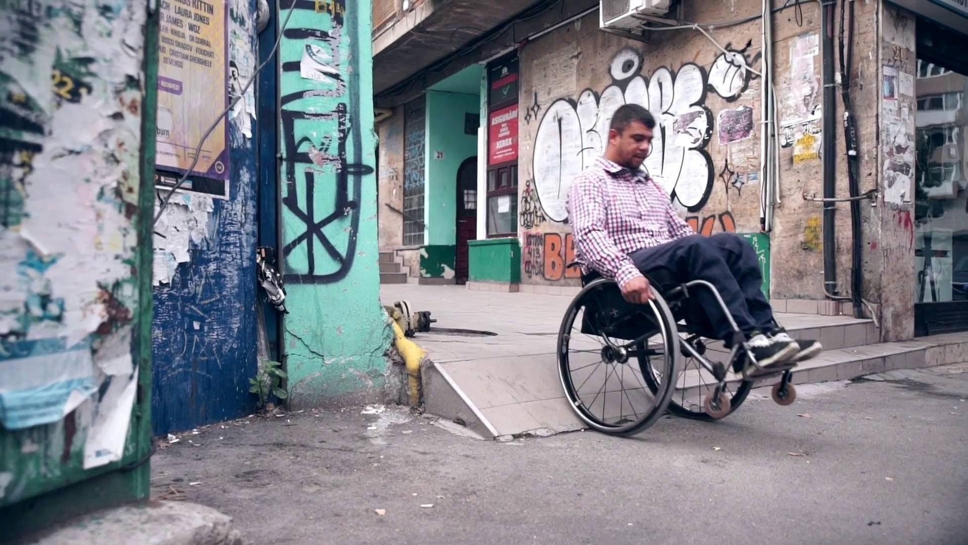 rolstoelgebruiker Roemenie.jpg