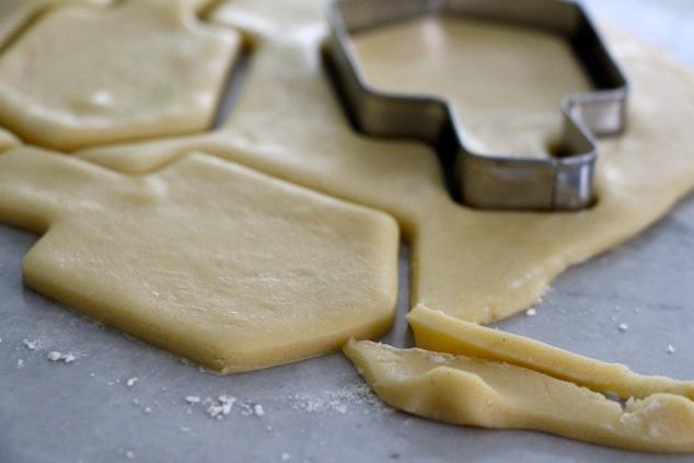 creating-dreidel-cookies-up-close.jpg