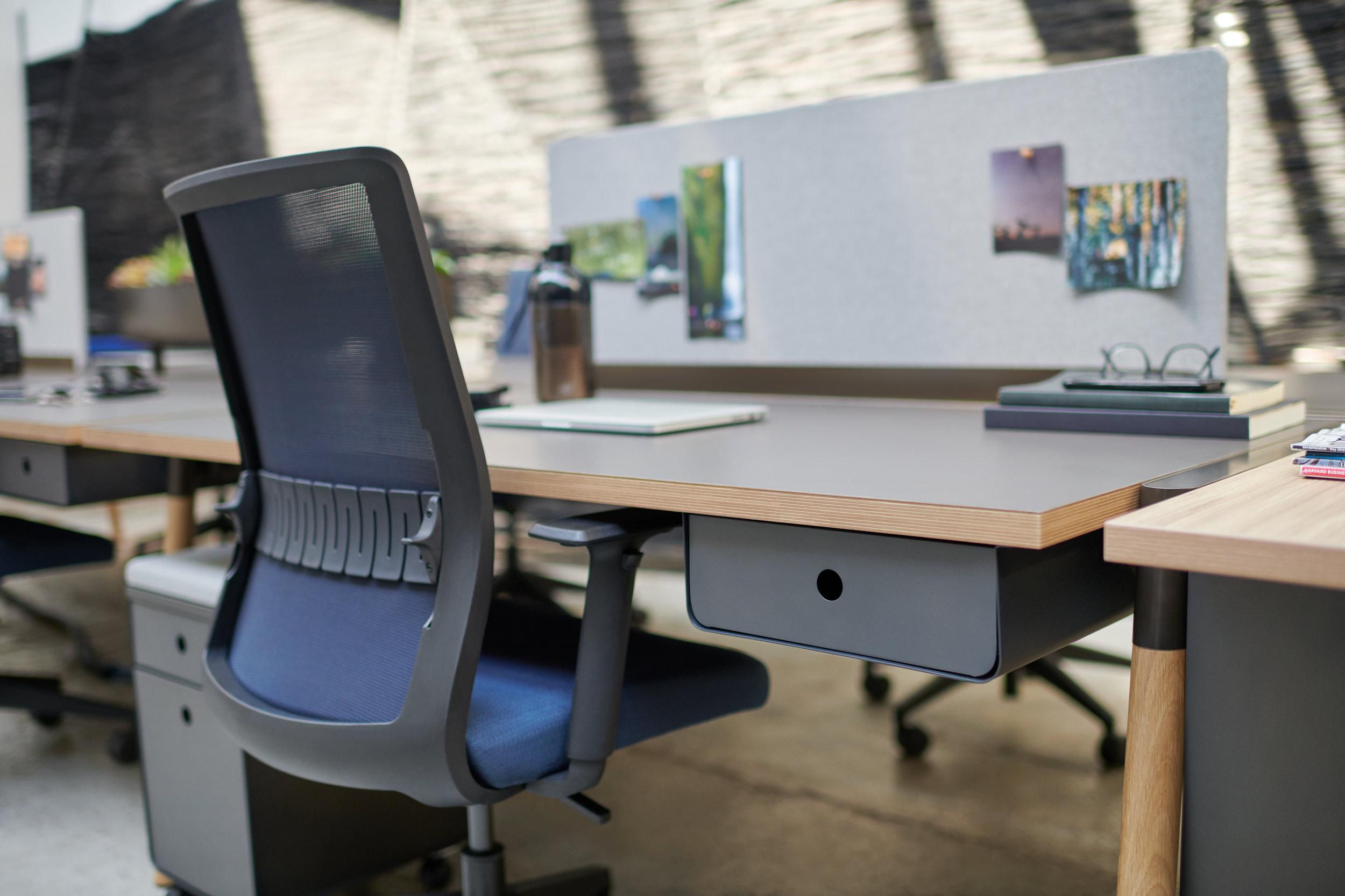Inscape RockIt Bench Slate Desk Detail.jpg