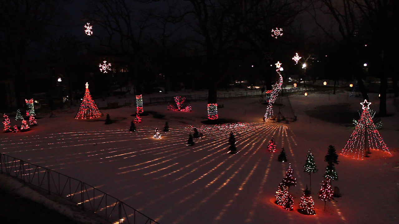 South Lawn Chicago Holiday Lighting Show