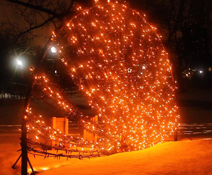 3D Holiday Lighting Displays