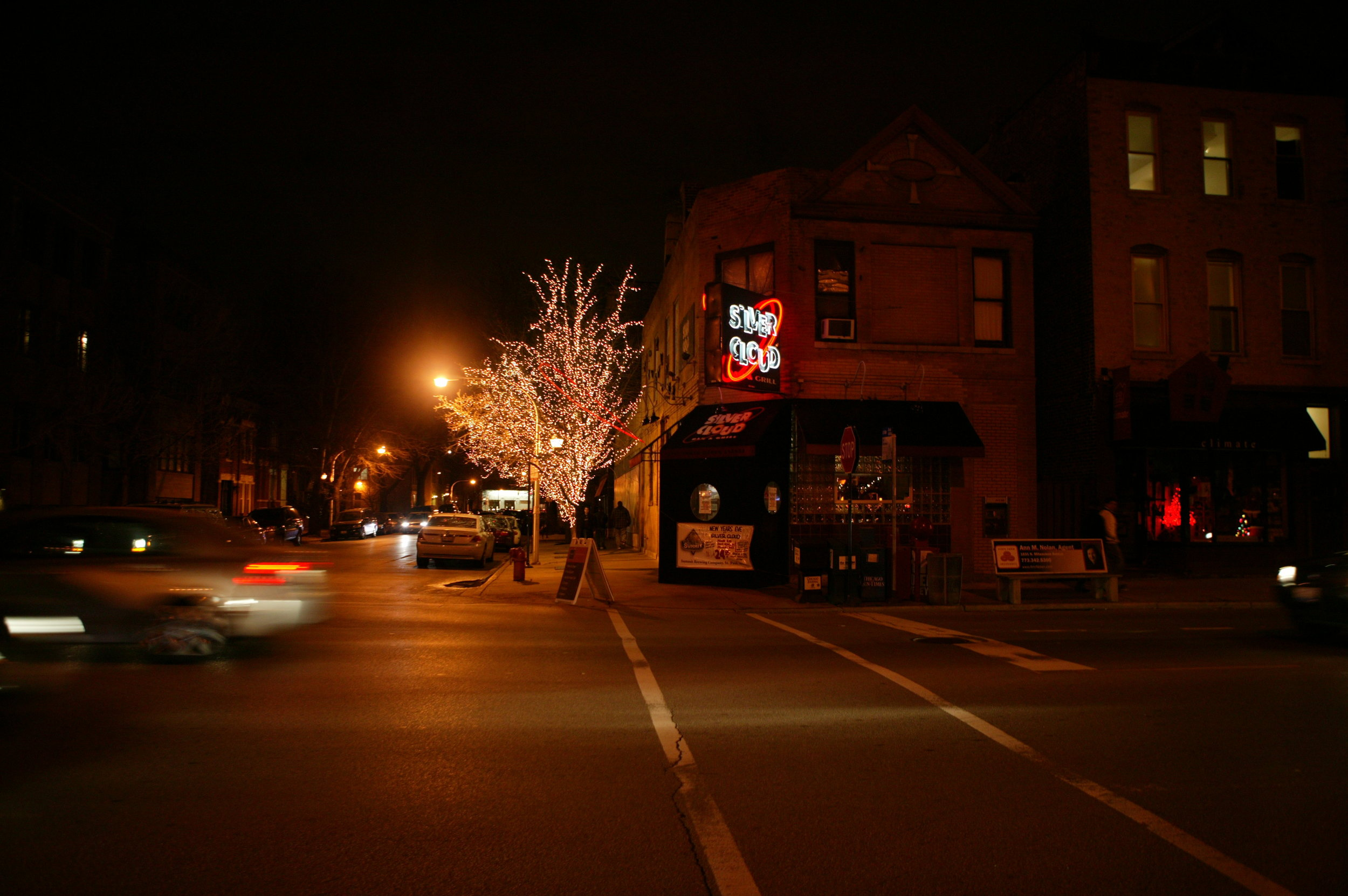 Holiday Lighting for Local Restaurants