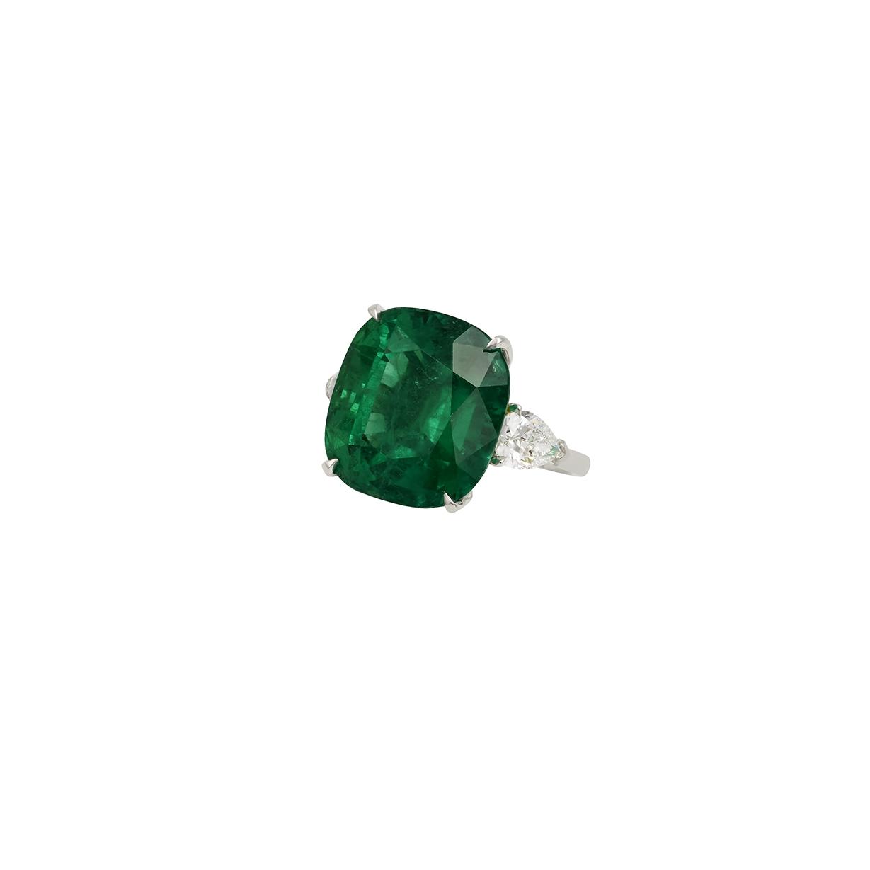 20克拉哥伦比亚祖母绿戒指