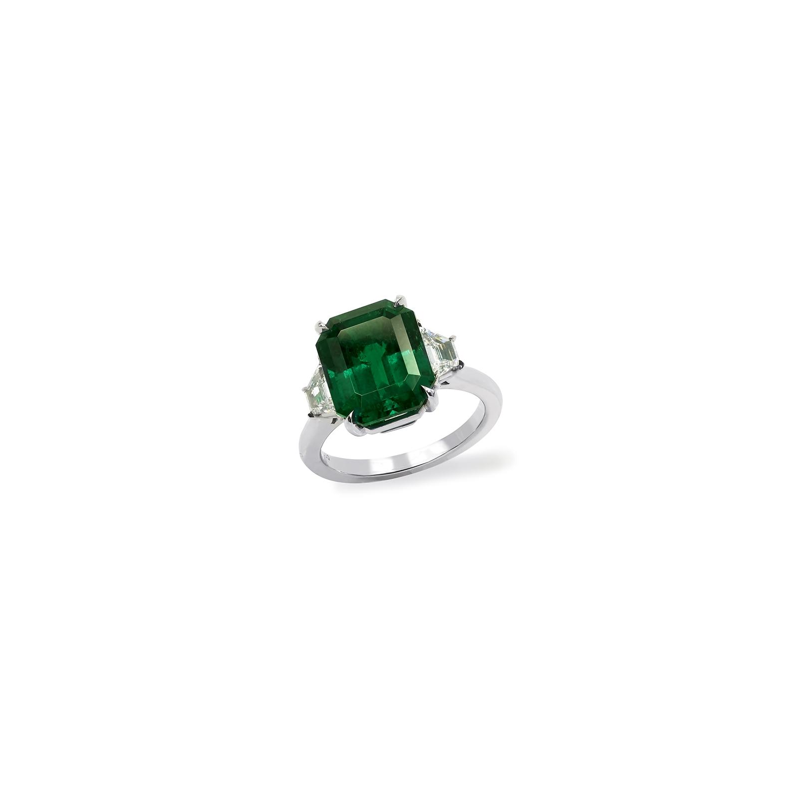 6 carat emerald cut ring