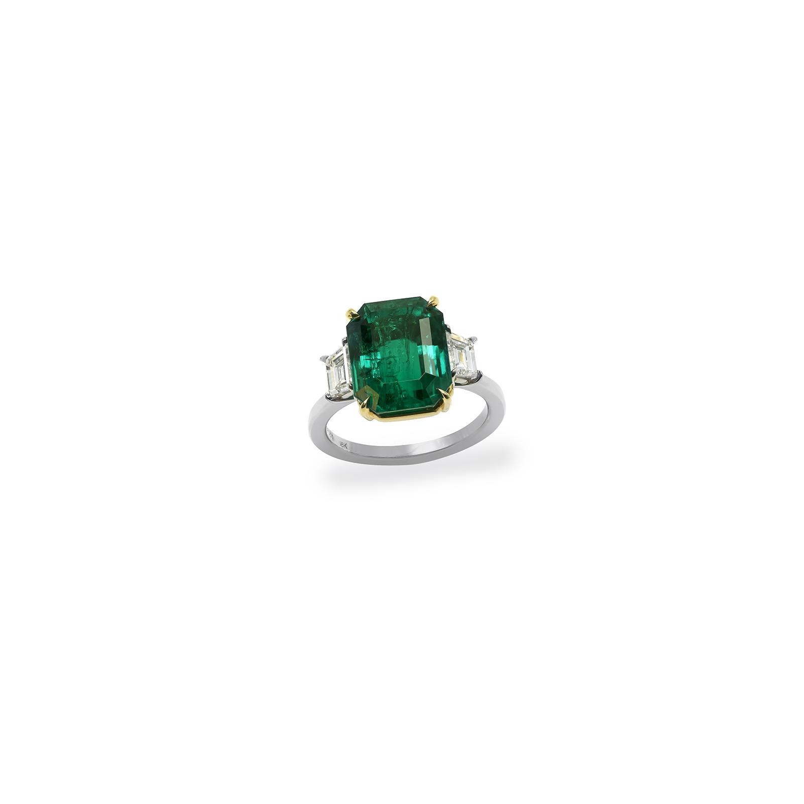 7 carat emerald cut ring