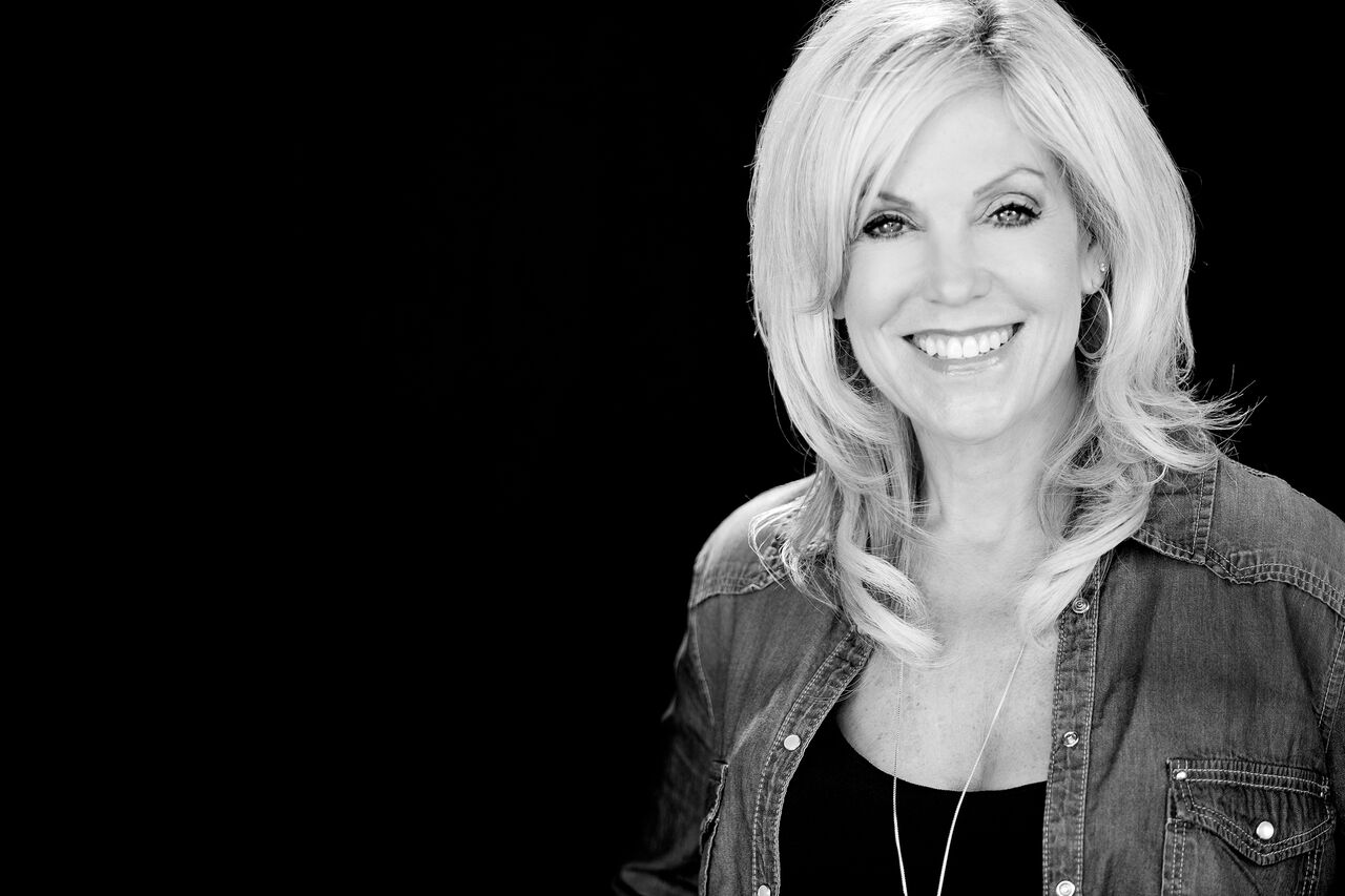 Invite Tammy to Speak - In addition to her bi-weekly Women of Influence meetings, where Tammy speaks into the lives of hundreds of women; Tammy also has a national platform speaking at women's conferences.