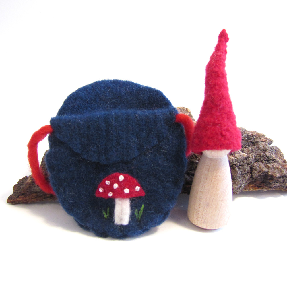 navy toadstool gnome standing.jpg