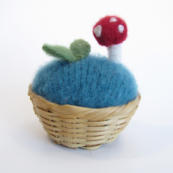 toadstool pincushion- sf bazaar.jpg