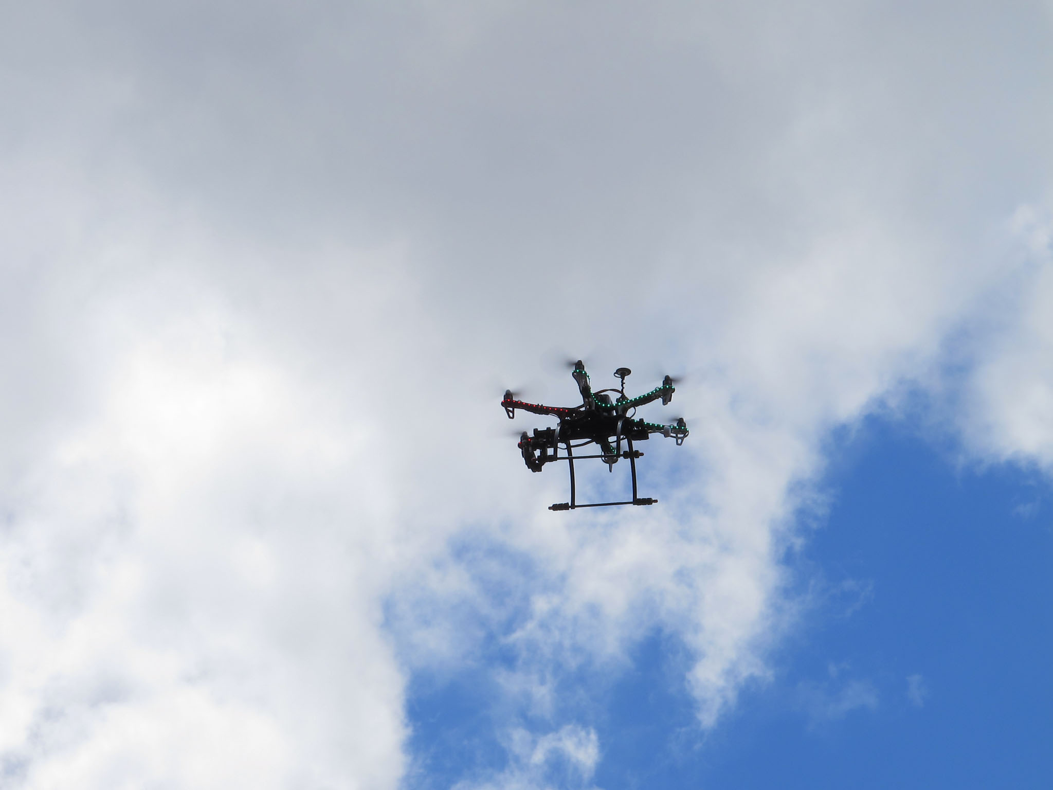 DRONE: Students are now flying machines like this one. (PHOTO: RL GNZLZ/Flickr)