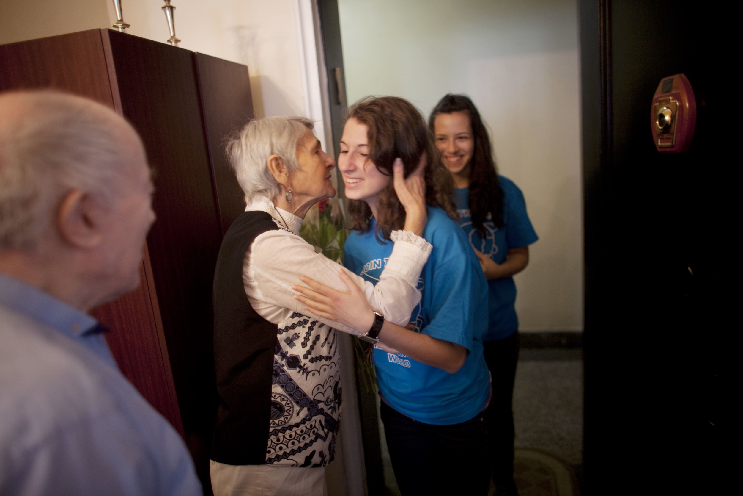 Senior Thanks a Mitzvah Day Volunteer with a Kiss.jpg