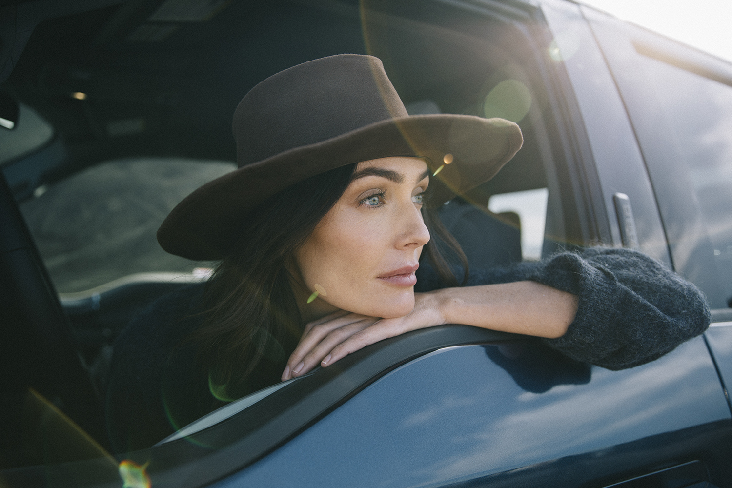 Model Woman For Ford Motor Company.jpg