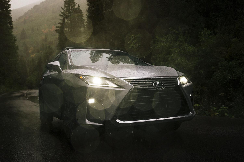 Lexus RX350 Water drops shot.jpg
