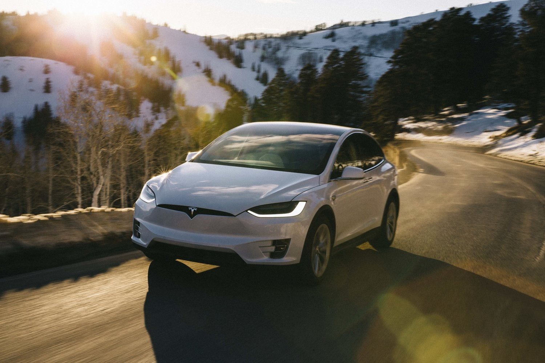 Tesla Model X 3.jpeg