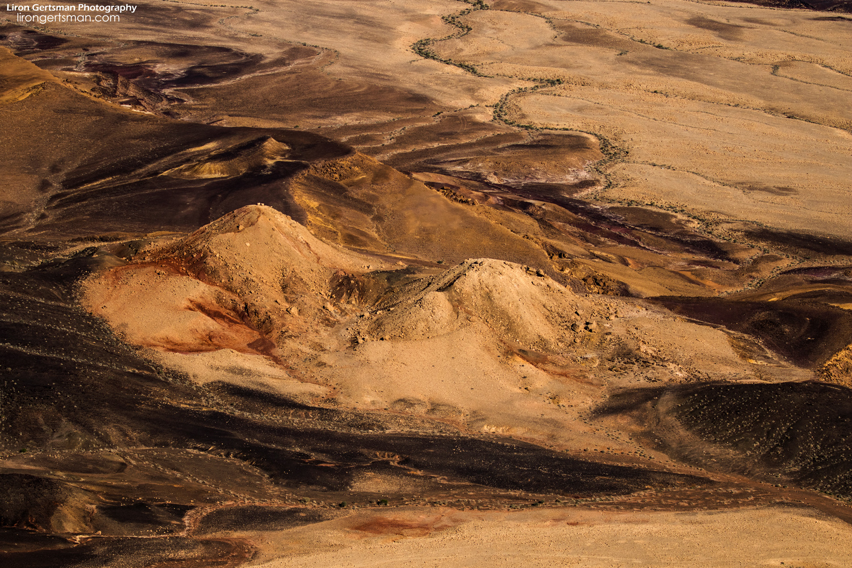 Ramon-Crater-web.jpg