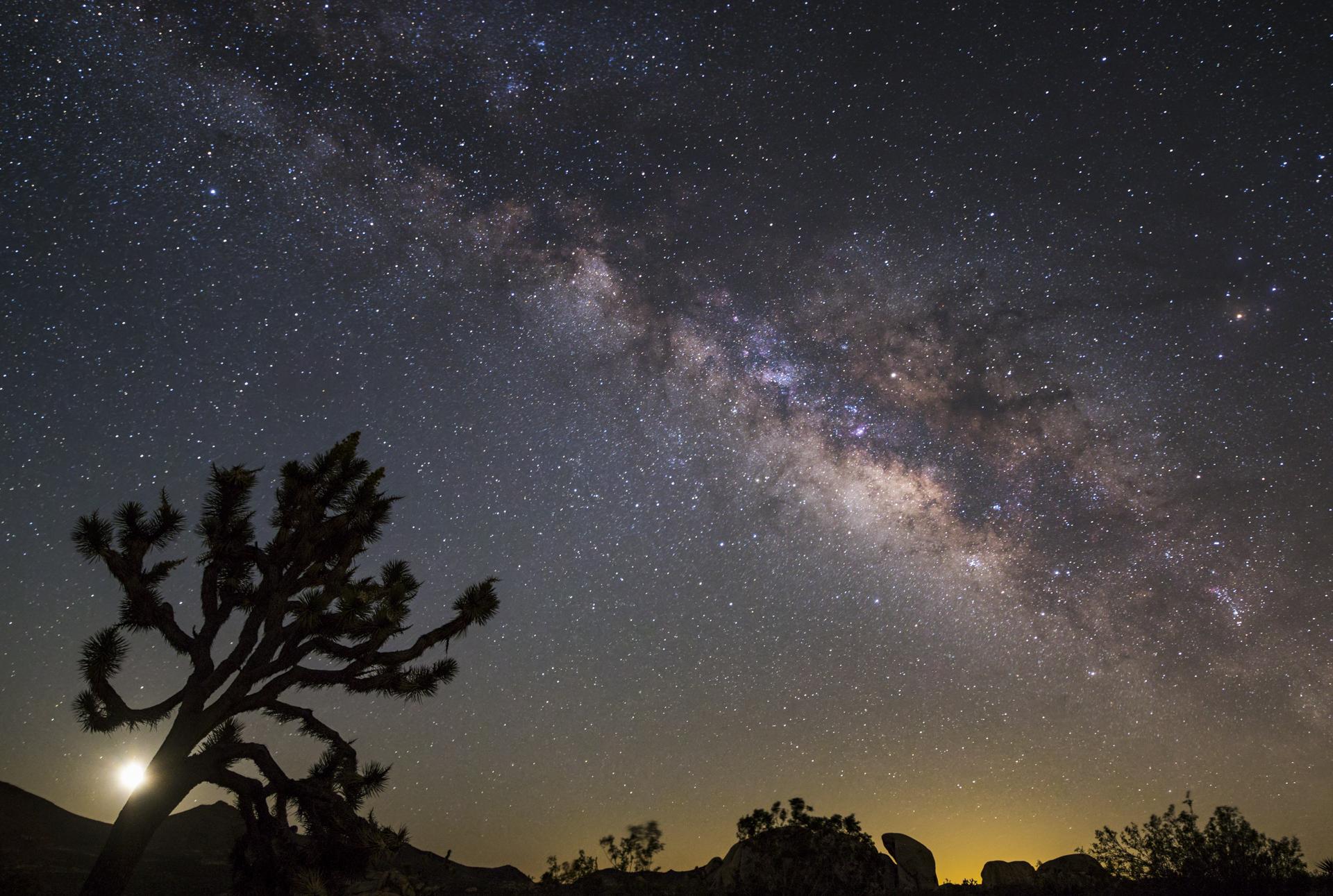 Milky Way 10 stack final_WPY version.jpg