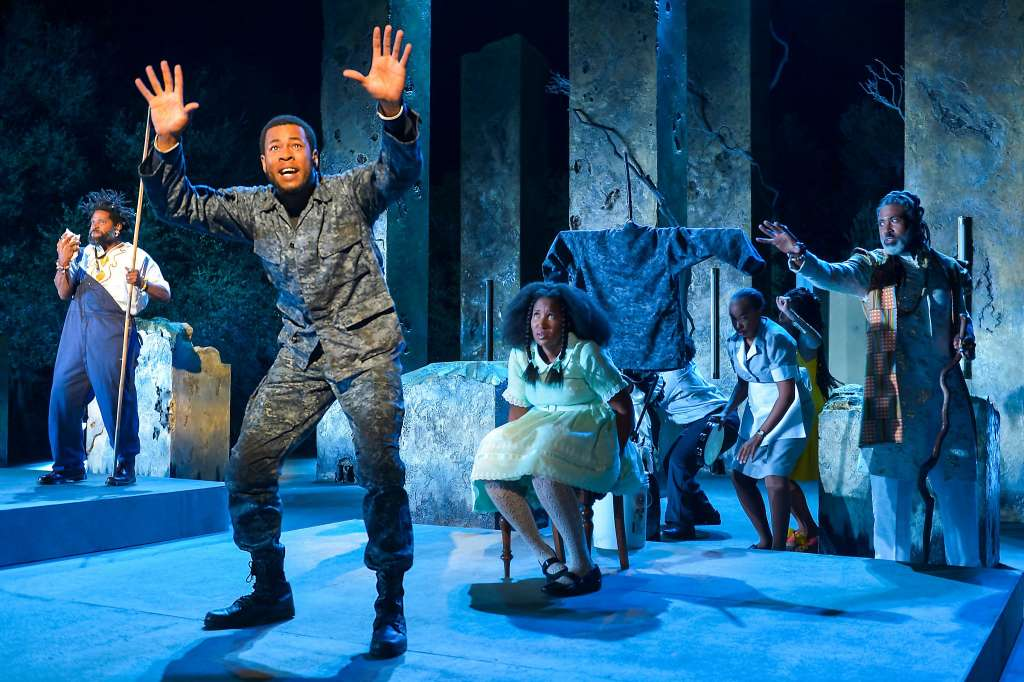 black odyssey , California Shakespeare Theatre (photo: Kevin Berne)
