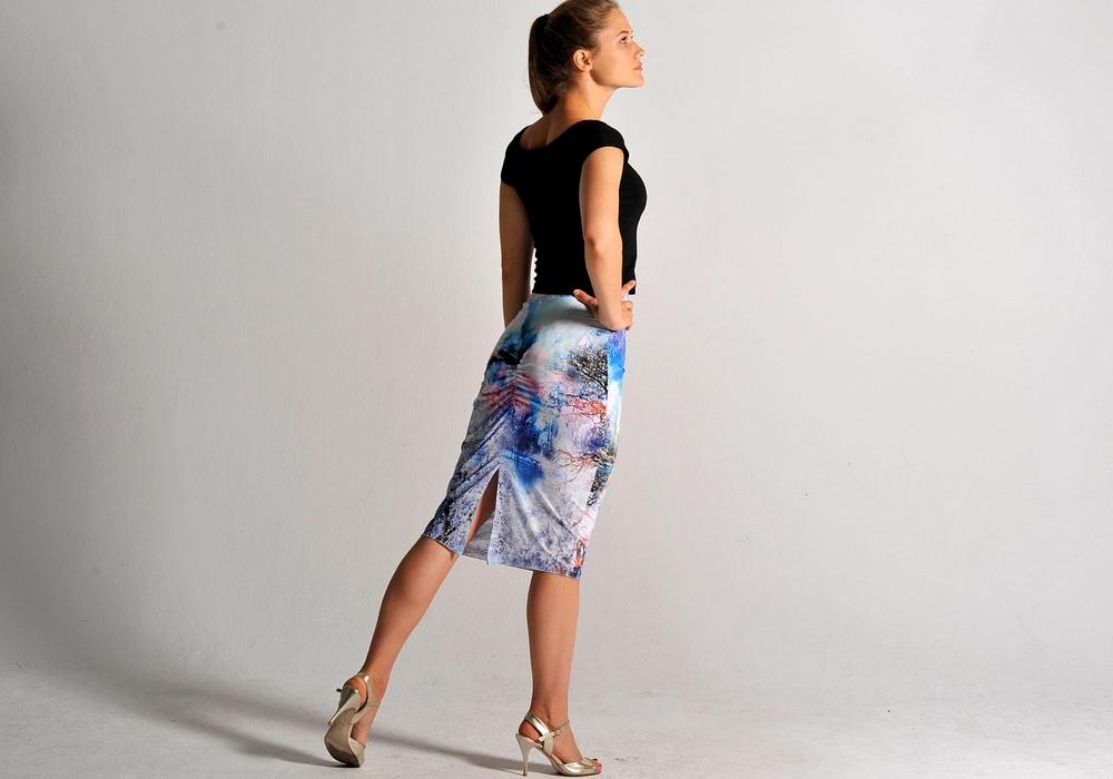 gorgeous crop top & fantasy skirt.jpg