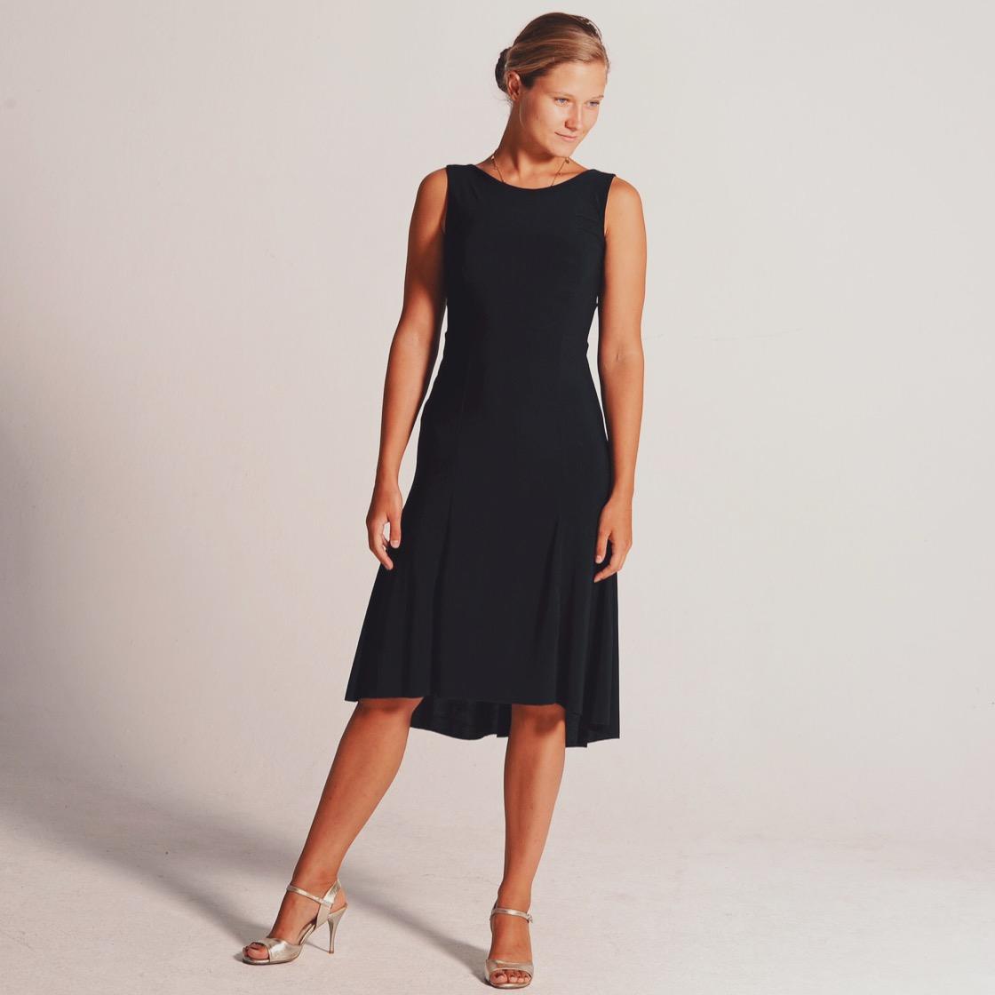CARLA_black_dress_coleccionberlin.JPG