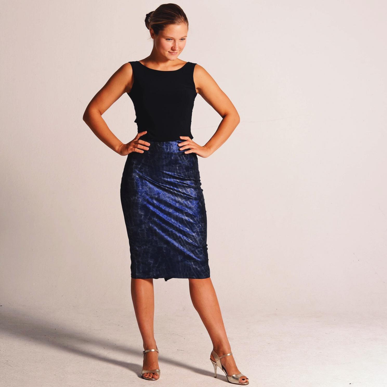 CLARA_metallic_blue_tango_outfit_coleccionberlin.JPG