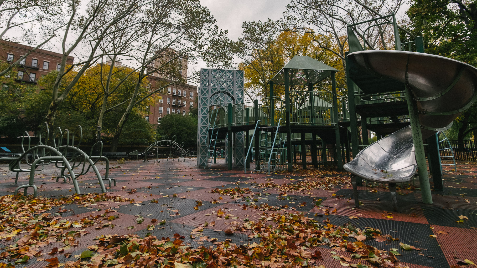 A park in Washington Heights, Manhattan. Fuji X-pro1, Rokinon 12mm f/2.