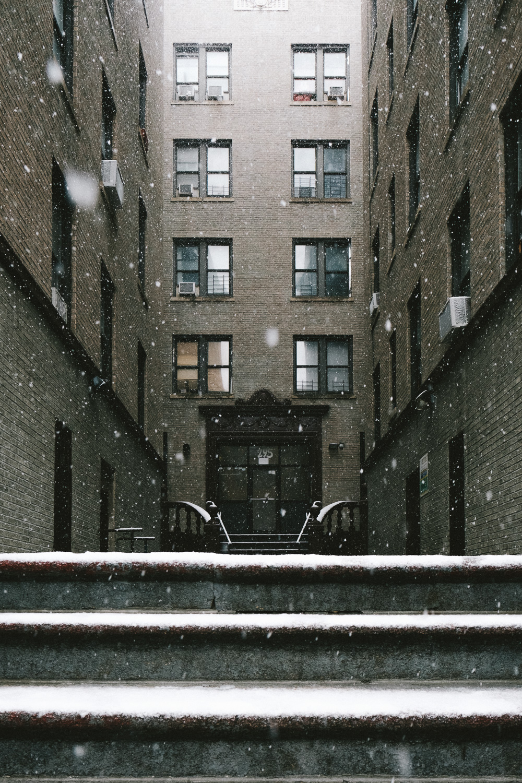 A tenement building in Washington Heights, Manhattan. Fuji X-Pro 2, Fuji 16mm f/1.4.