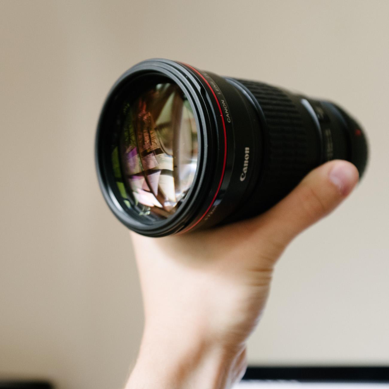 canon-200-2.8-lens-review-full-frame-l-series-product.jpg