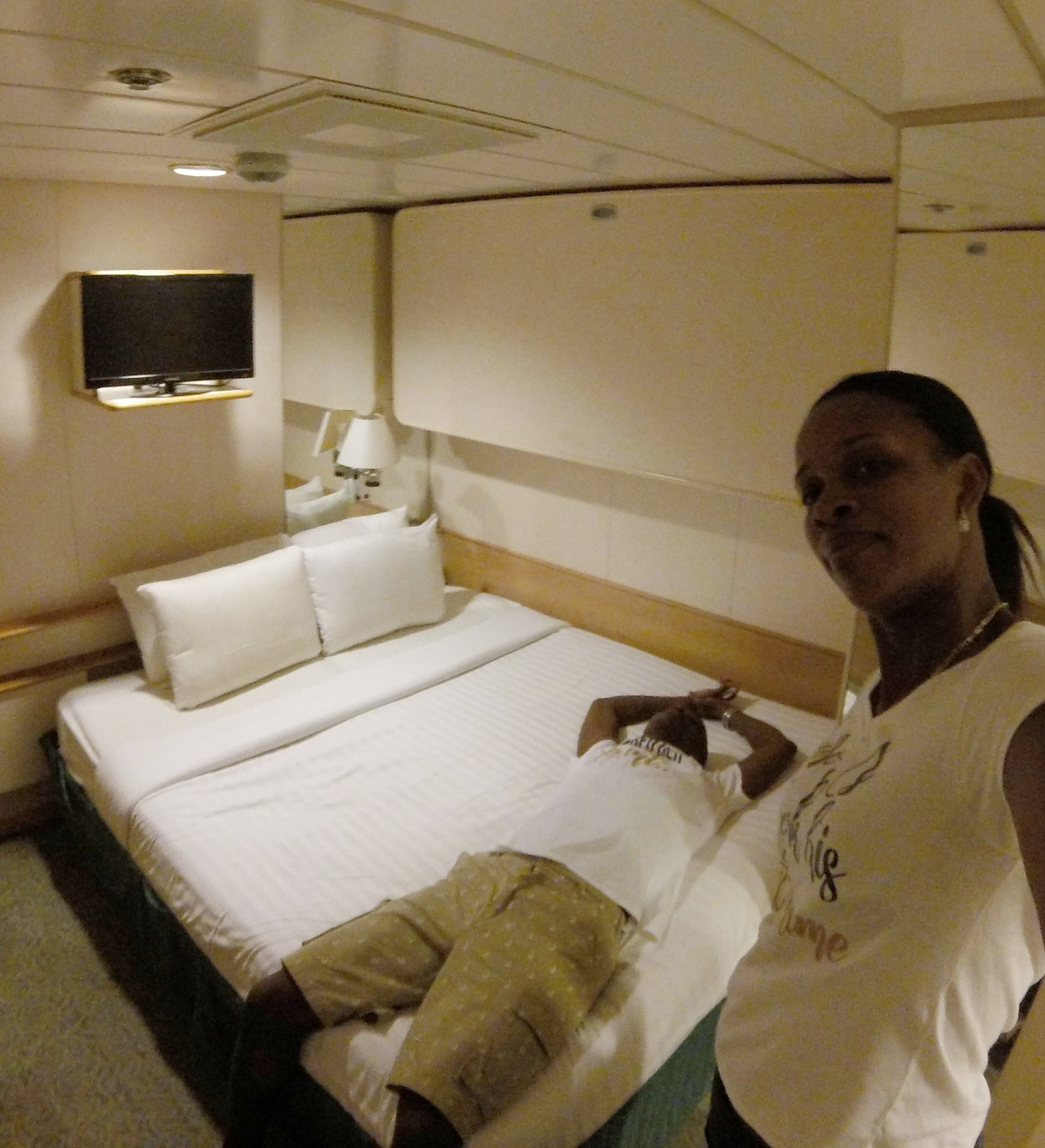 Pullmantur Monarch Stateroom 2595