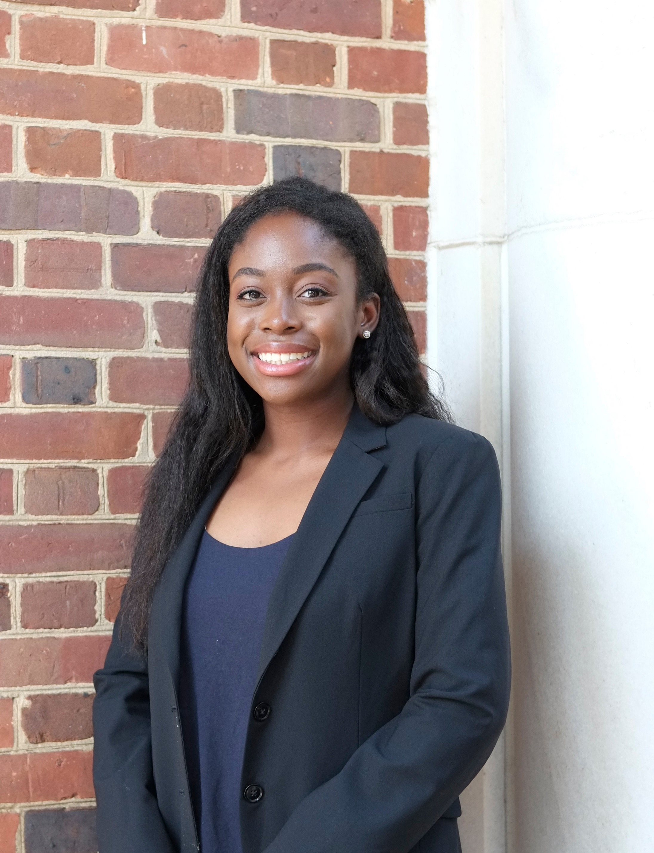 Corporate Development: Lindsay Ofori - Lindsay Ofori is a double major in International Studies and French with a minor in Business in the class of 2021. Within Women in Business, she serves as a Co-Corporate Development Chair on the exec board. Outside of Women in Business, she is involved with the International Studies Leadership Council, Blue Key Society, and the Alumni Student Ambassadors.