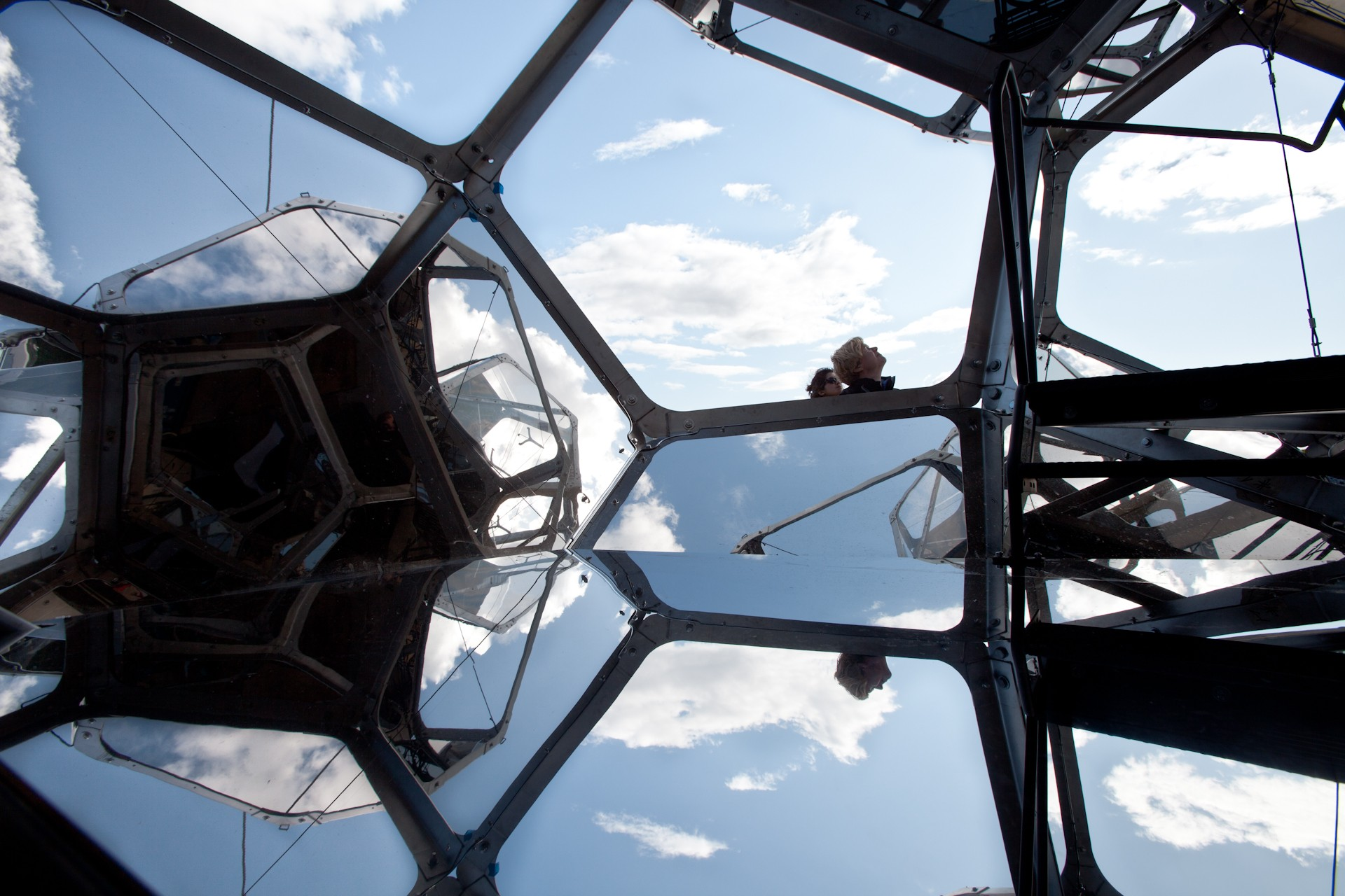 Tomás Saraceno. On the Roof: Cloud City, 2012. Installation view, the Metropolitan Museum of Art, New York. Courtesy the artist and Tanya Bonakdar Gallery, New York. © Photography by Studio Tomás Saraceno, 2012