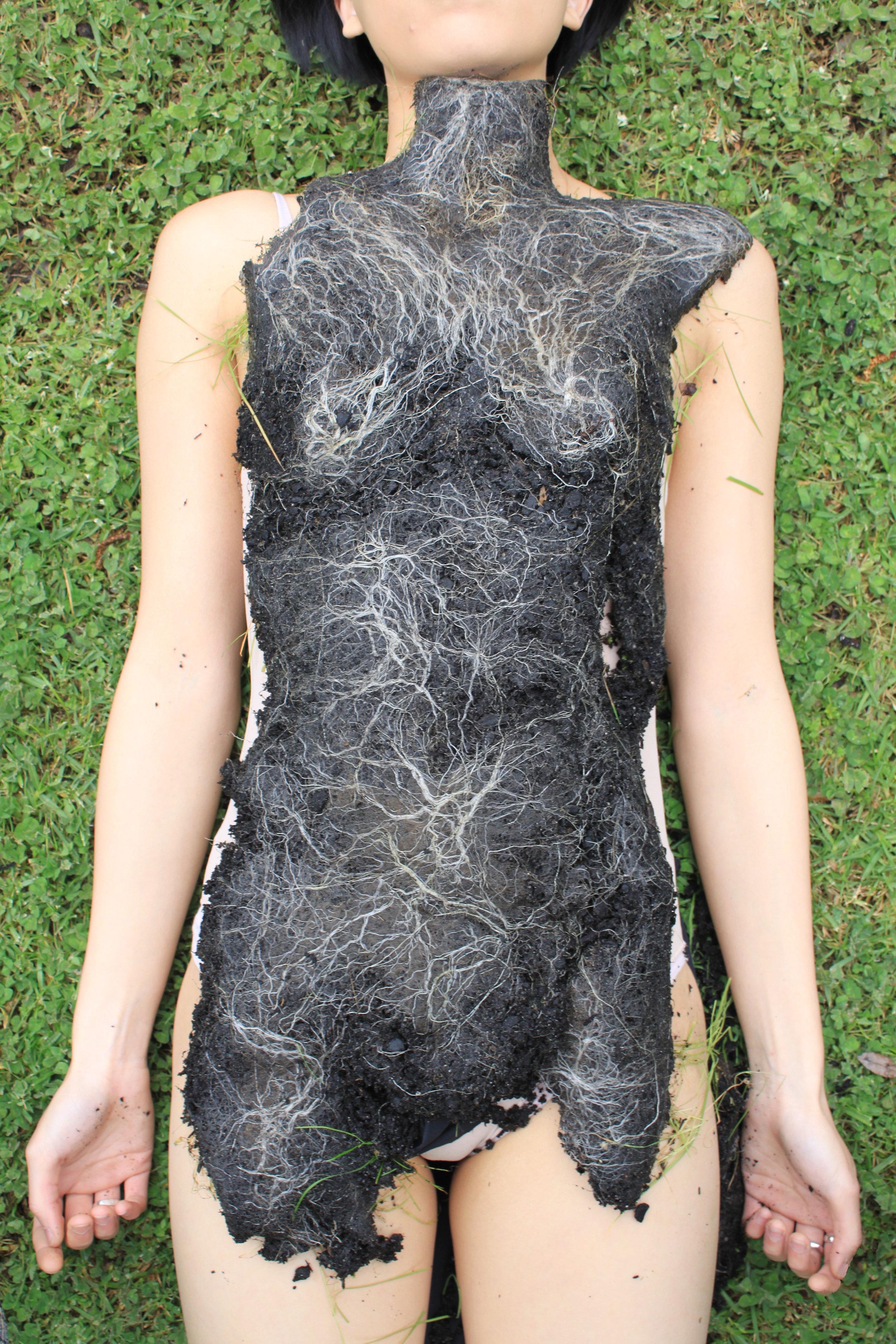 Body Moulds: The Body Becomes Landscape  Pia Interlandi
