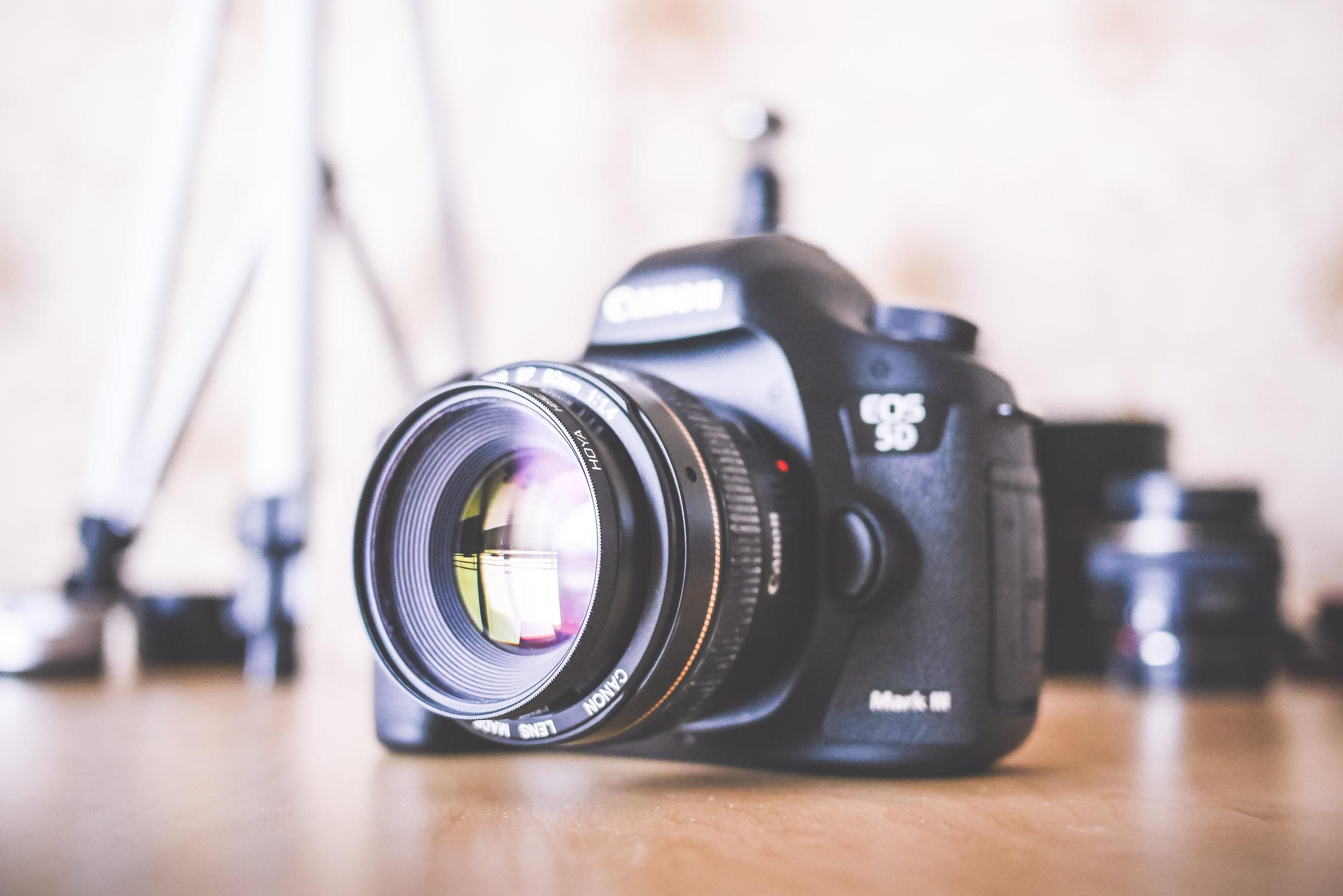 big-dslr-camera-and-equipment-picjumbo-com.jpg