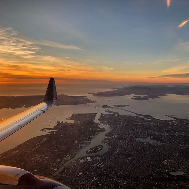 San Francisco on a clear day is pretty rare but....... #sfo @delta