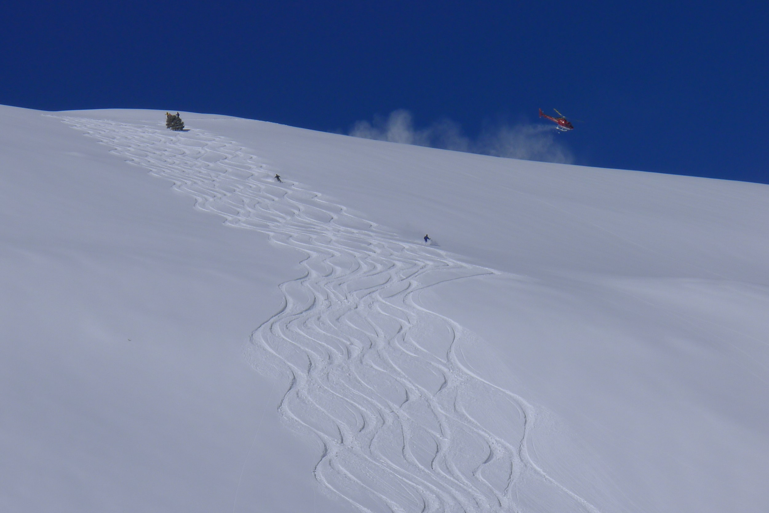 Drawing lines in the snow at the Ruby Mountains, Nevada