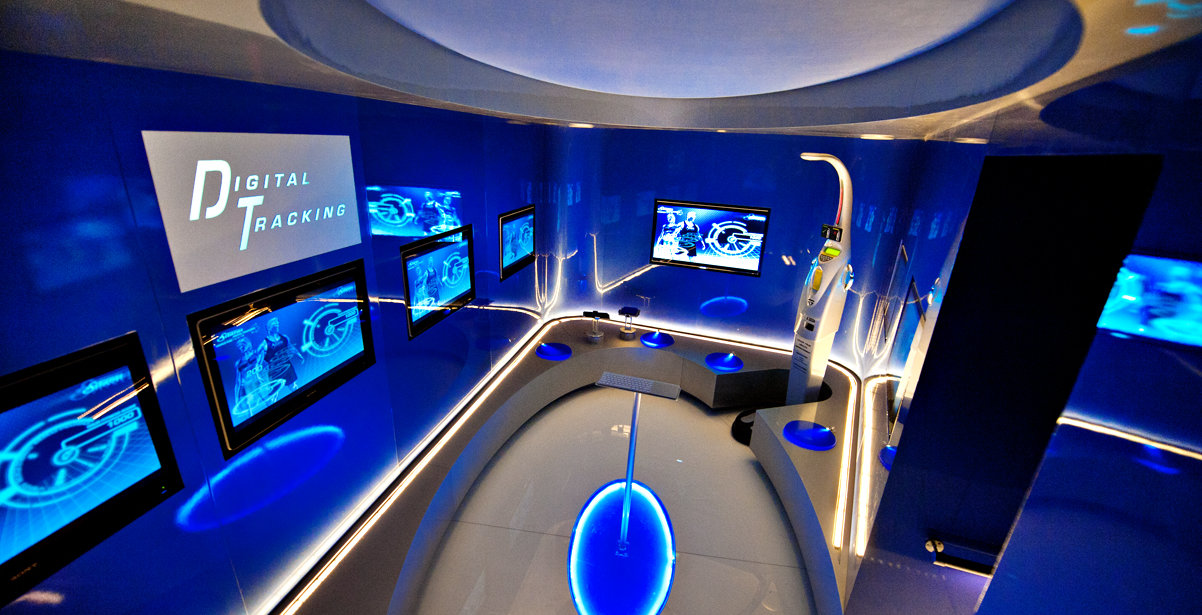 Digital Tracking Room