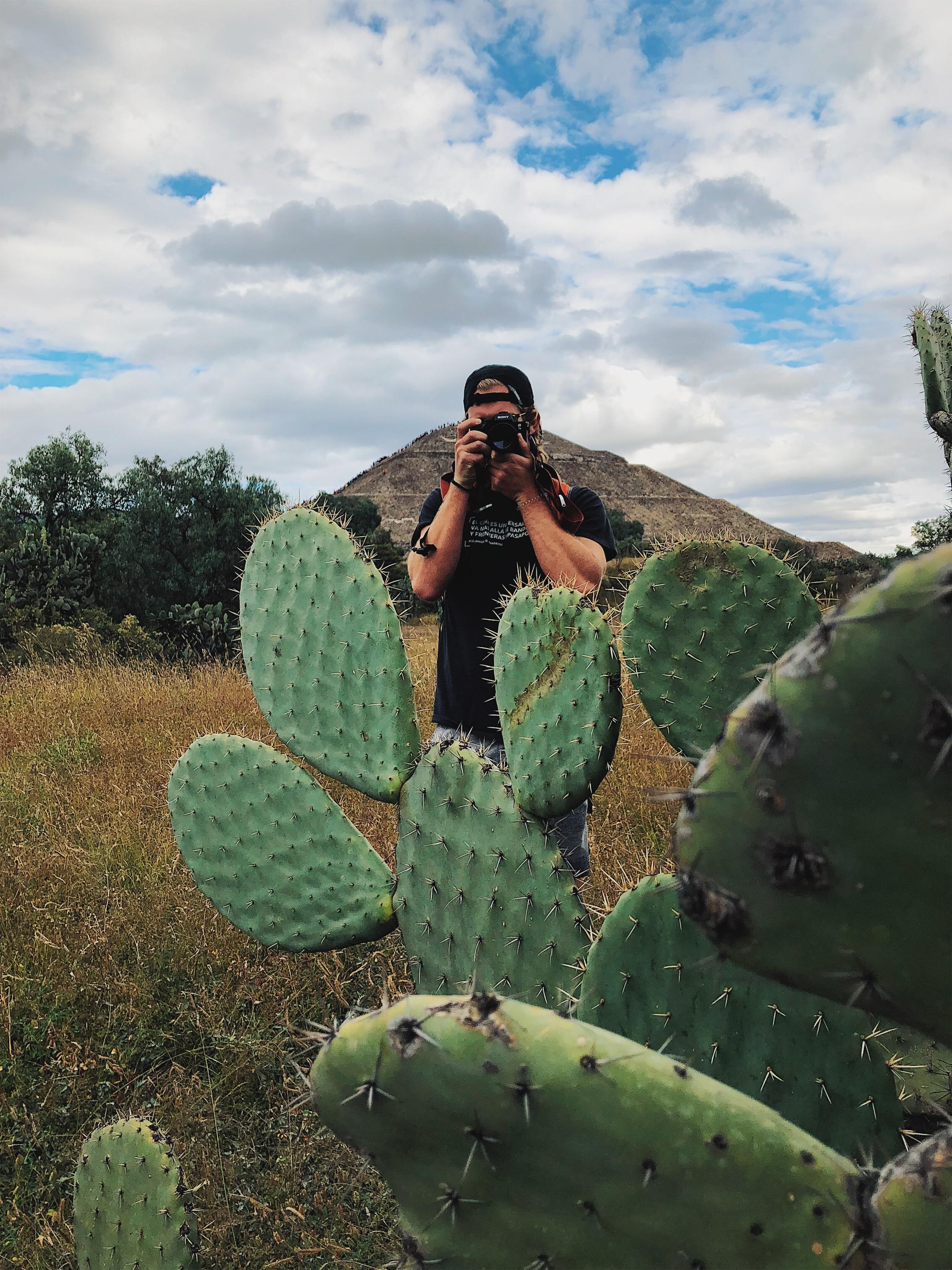 Kyle teotihuacan bts.jpg