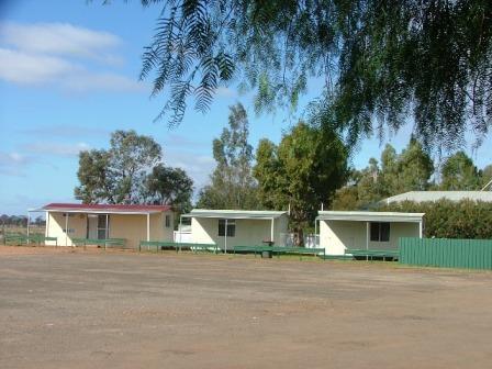 Trundle Motel Units.png