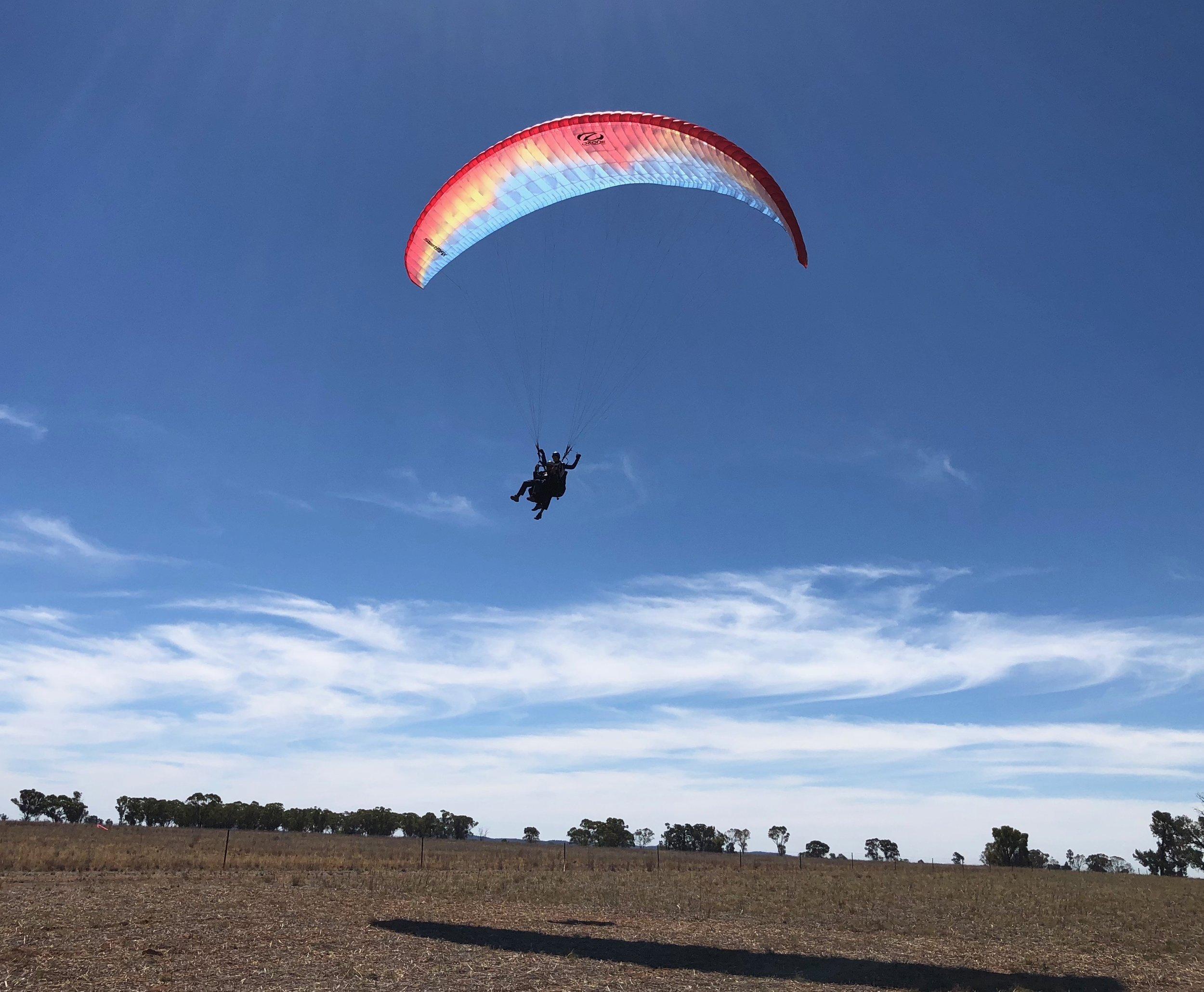 Che Tandem Landing.jpg