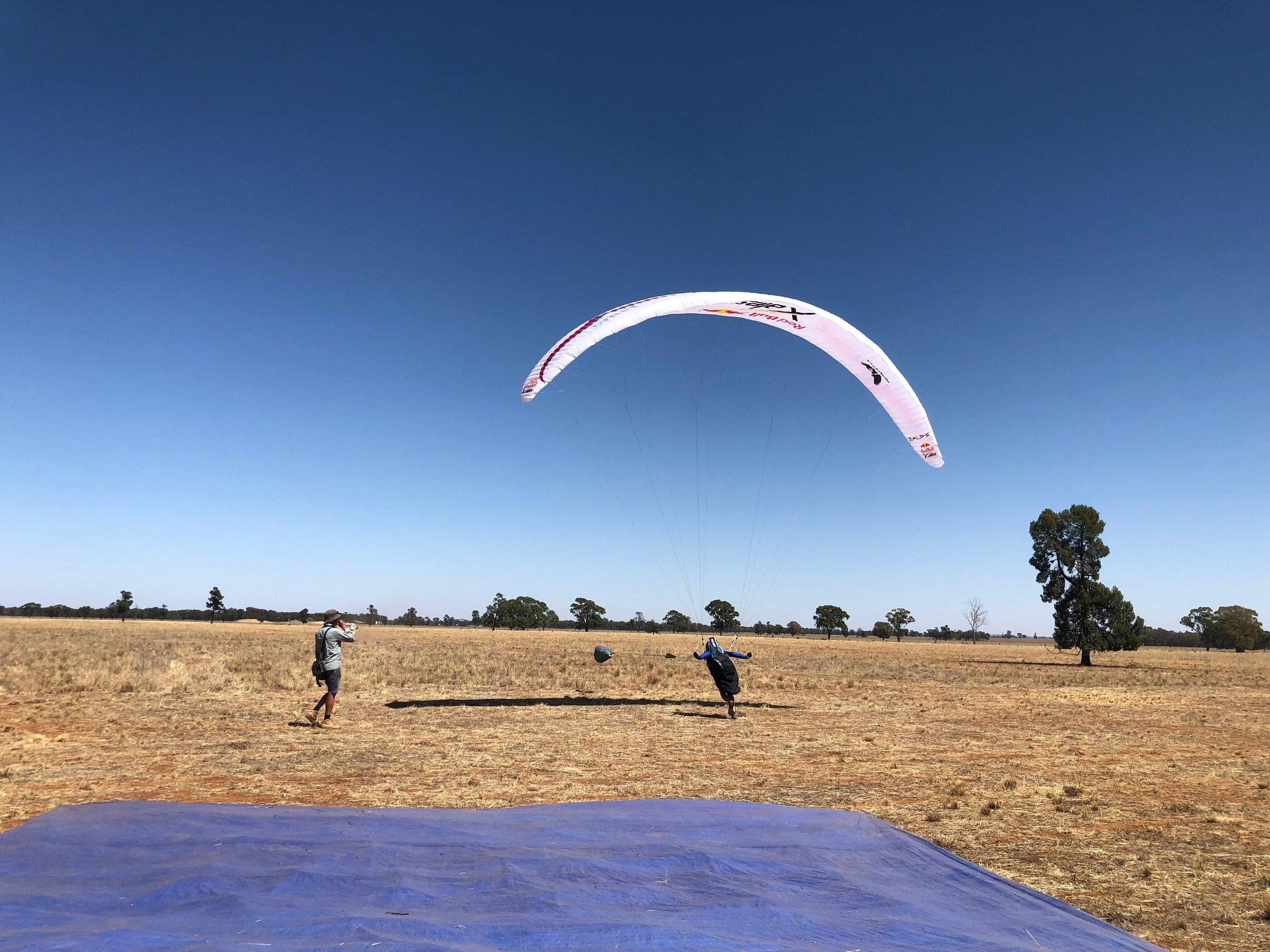 Che on Launch - Windtech.jpg