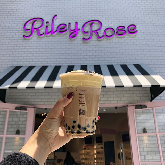 We will be at Riley Rose this weekend from 2-5pm! We have a secret menu. 🧐Stop by to say hi✨ #littlefluffyhead