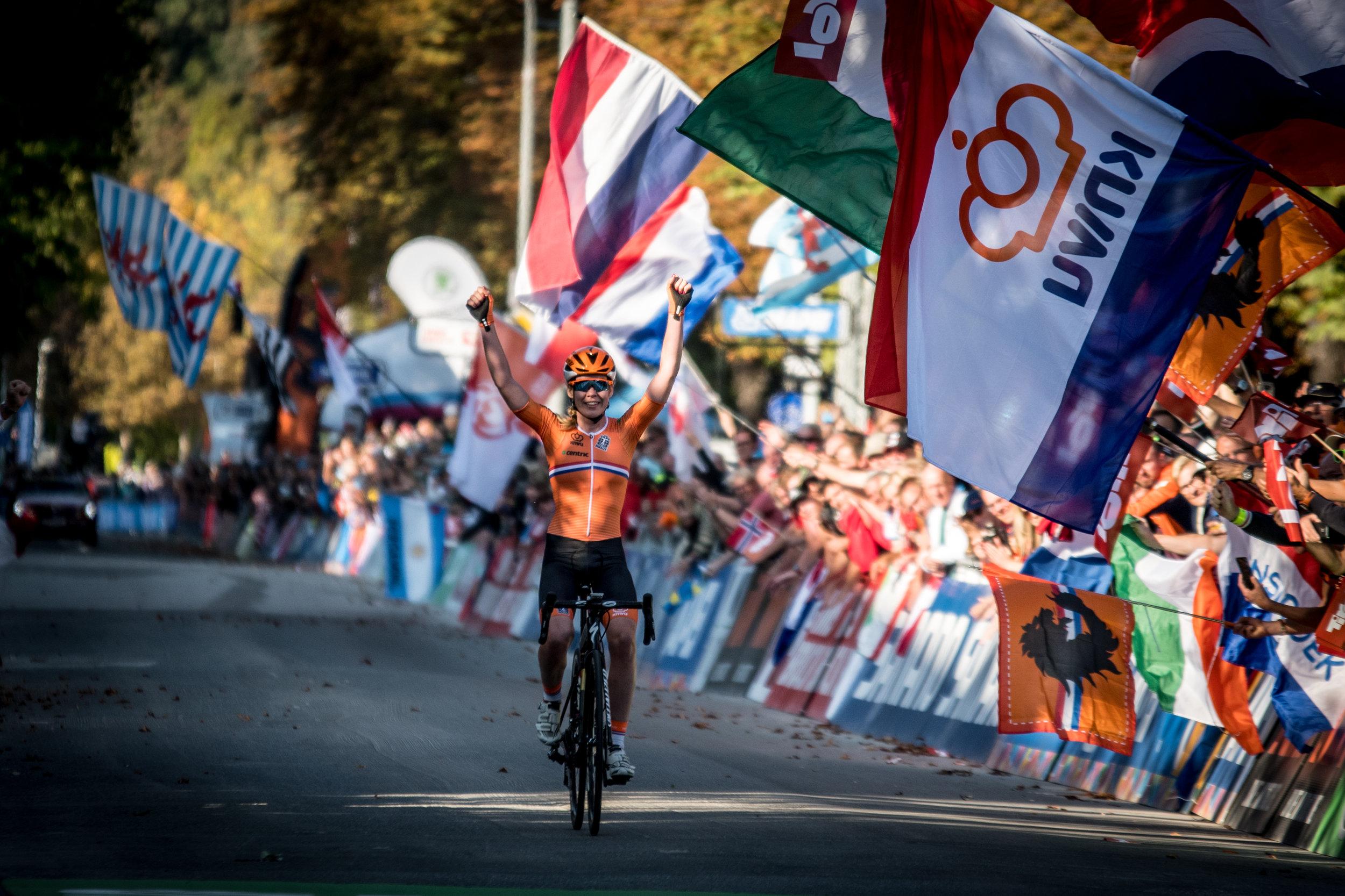 Anna van der Breggen dominated the elite women's road race, winning solo by over three minutes.