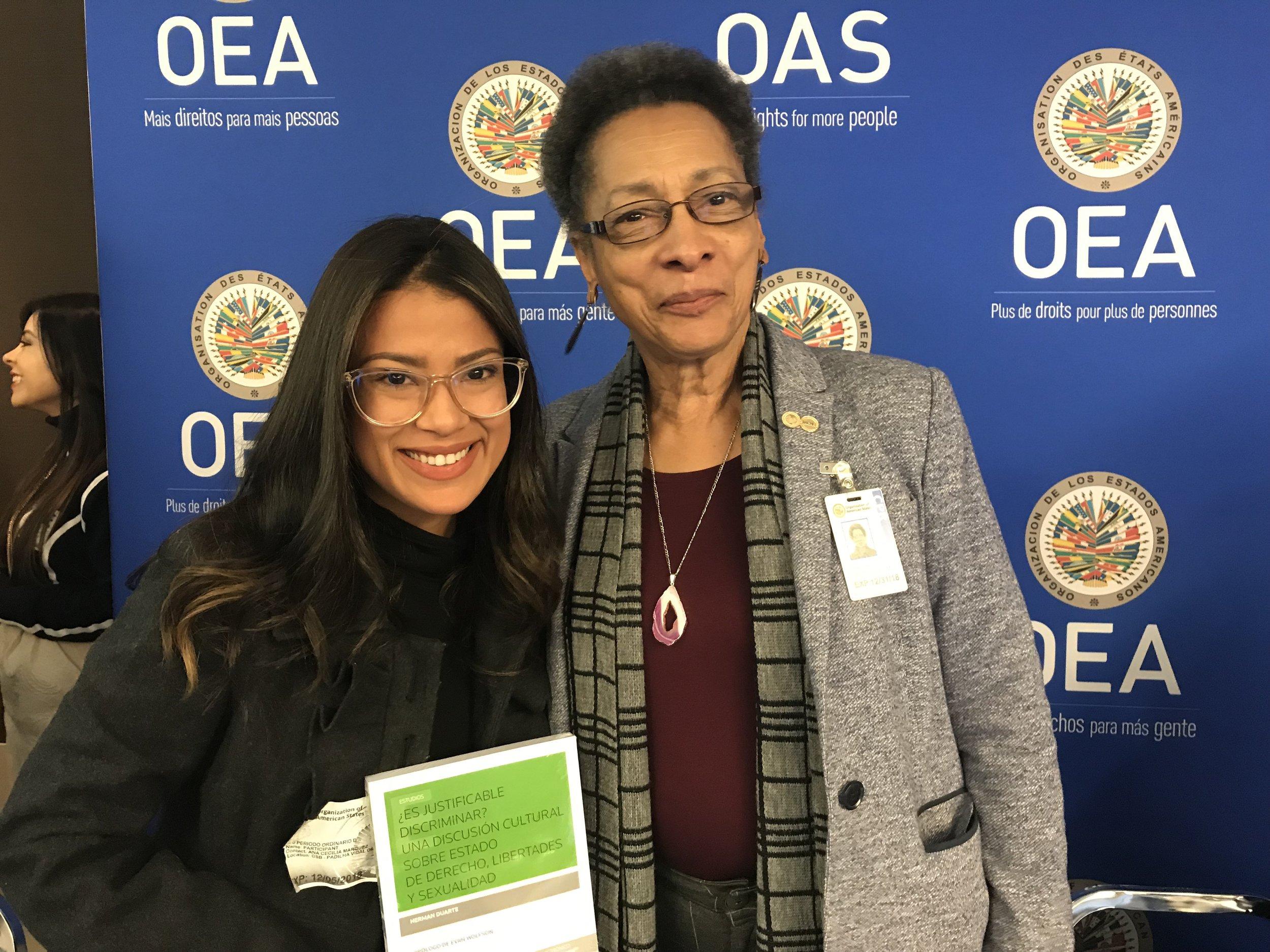 Cindy Regidor, directora de la fundación y la presidenta de la Comisión Interamericana de Derechos Humanos.