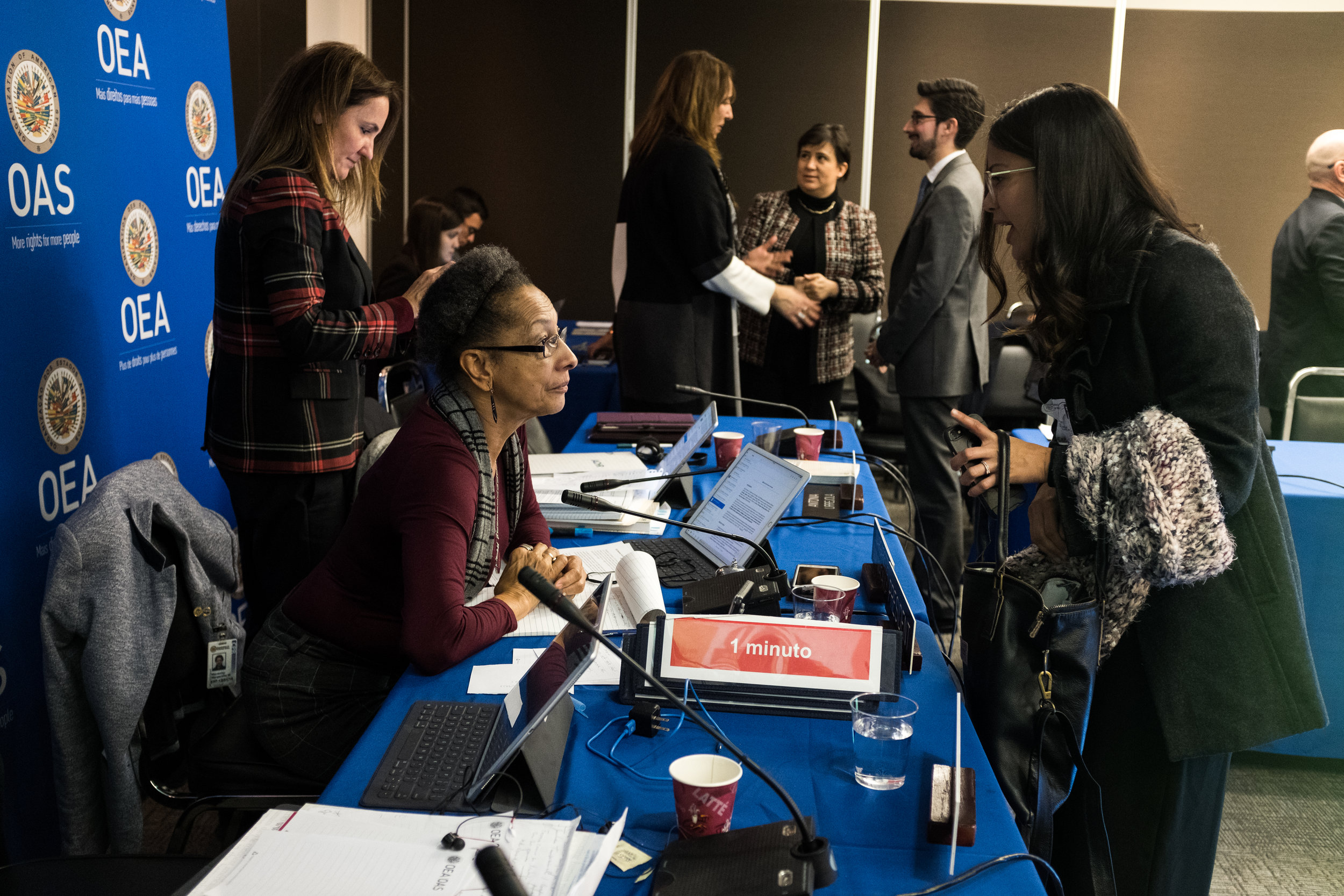 Cindy Regidor, directora de la Fundación, conversar con la presidenta de la CIDH