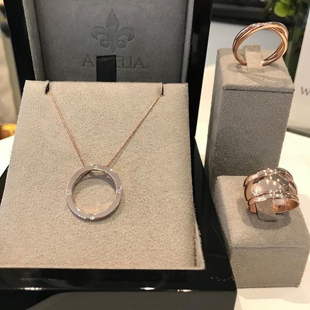 A special gift for someone special #arteliajewellery #happy21st #diamonds #rosegold #atelier #melbourne