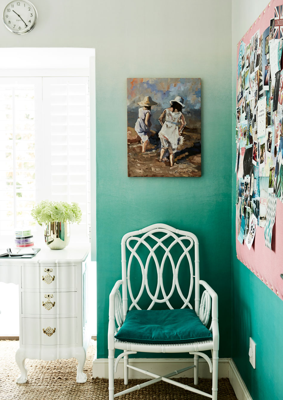 Kim!&s perfectly petite home office is on the first floor. It features Saraille $ع a lovely ombre wallpaper by Designers Guild (designersguild.com) in Grass $ع on the walls, and a charming white chair that is an upcycled find from a Stellenbosch junk store.