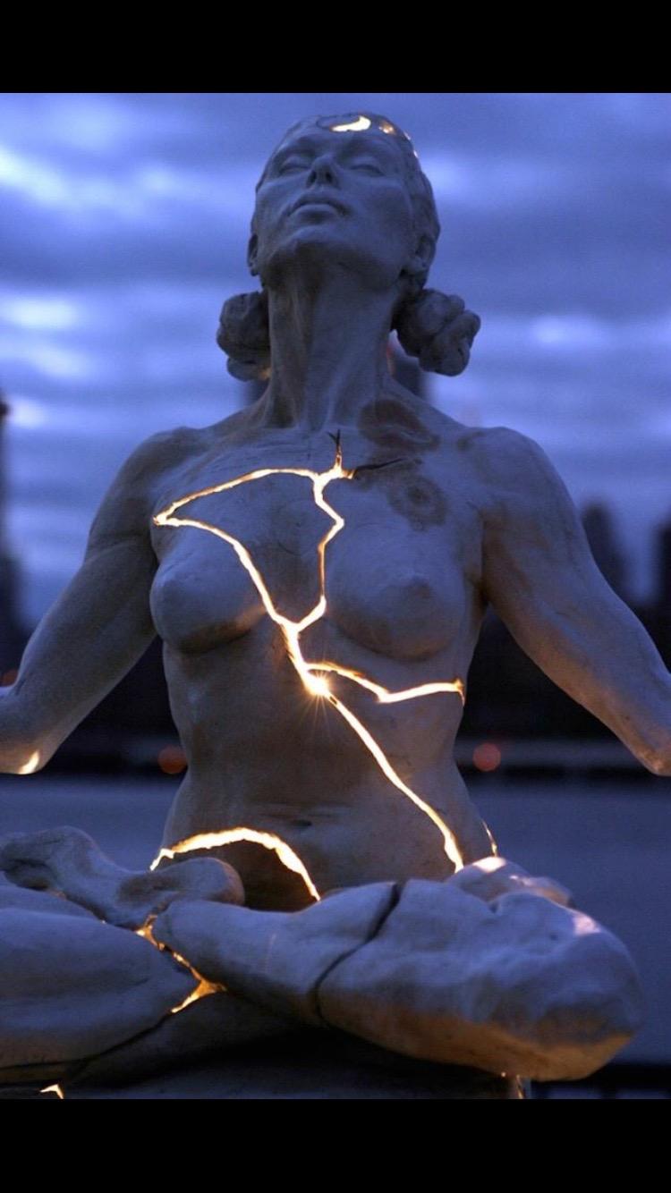 Sculpture Breaking.jpg